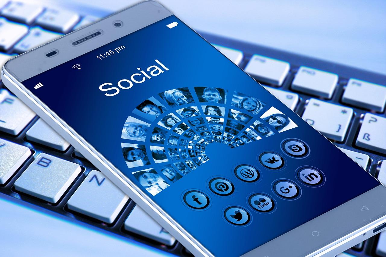 como-encontrar-redes-wi-fi-utilizando-facebook