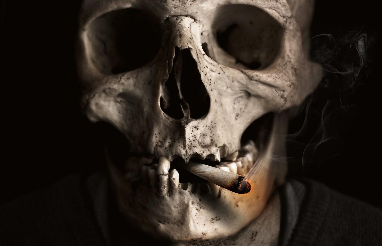 ¿Cuál es el vínculo entre el tabaco y el cáncer oral?