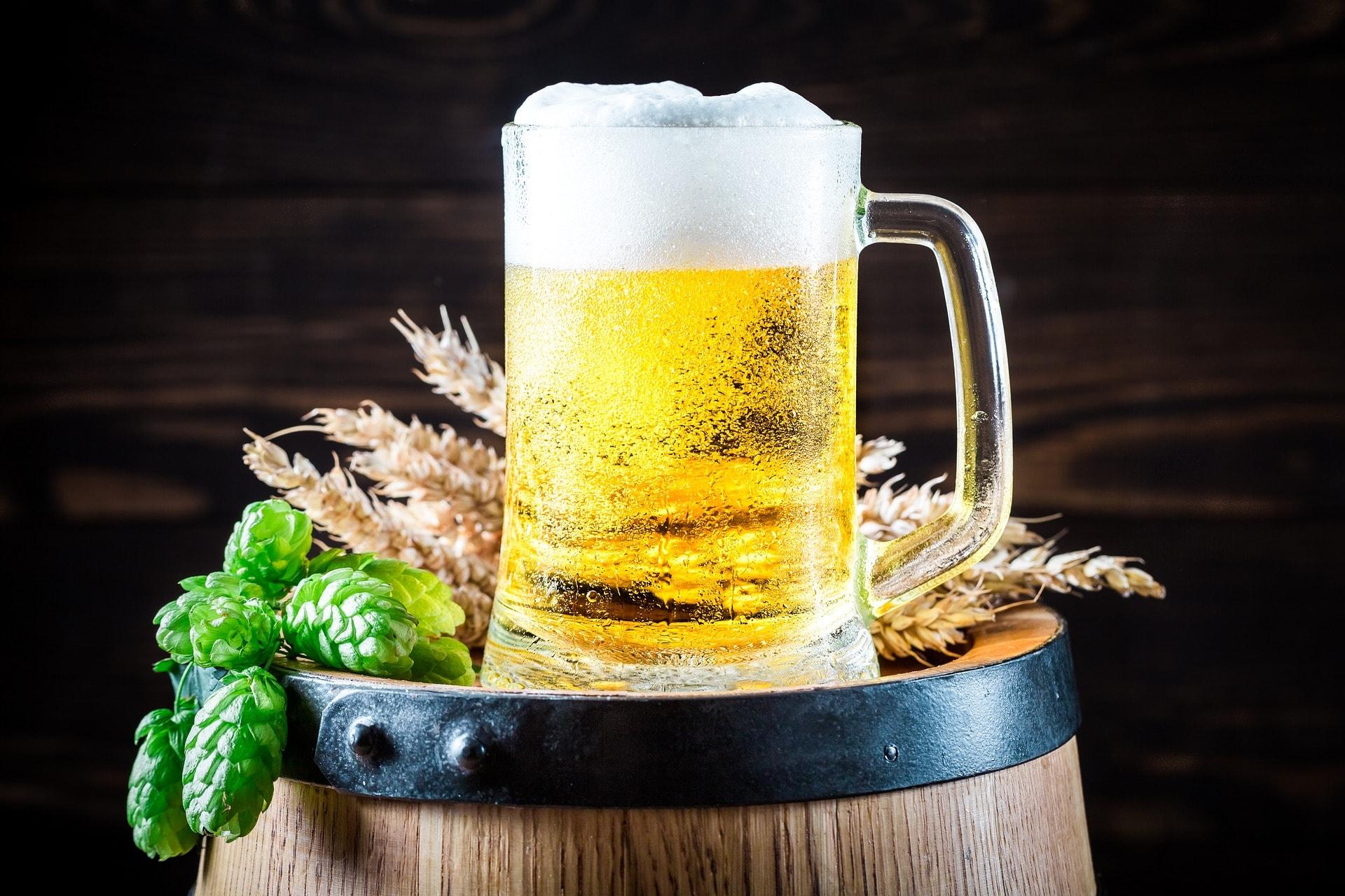 la-cerveza-buena-o-mala-beneficios-y-efectos-secundarios.jpg